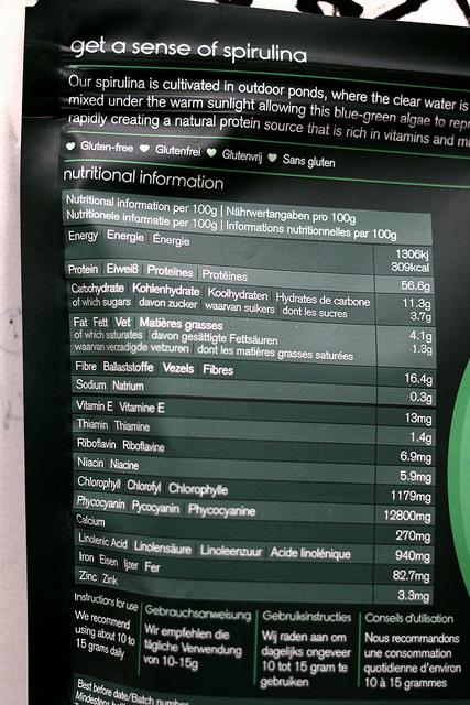 Spirulina Inhaltsstoffe direkt auf einer Verpackung