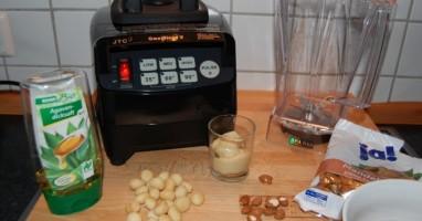 nussmilch-mandelmilch-selber-machen-rezept23