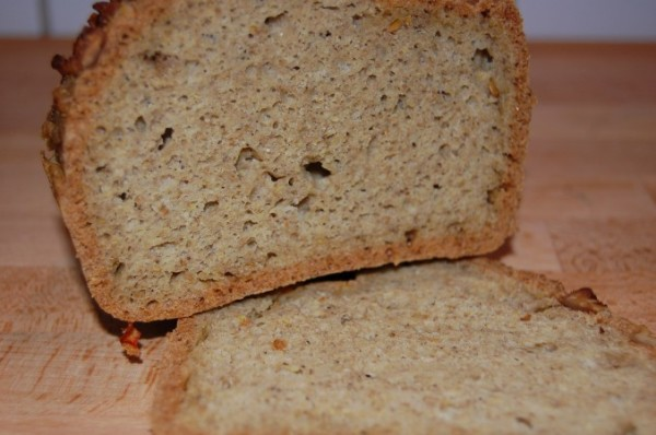 Fertiges Paleo Brot mit Tapioka