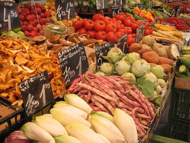 Grüne Smoothies mit Bio Gemüse vom Wochenmarkt
