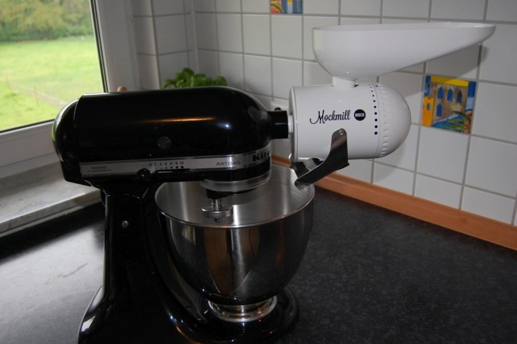 Mockmill Getreidemühle für Kitchenaid und weitere Hersteller von Küchenmaschinen